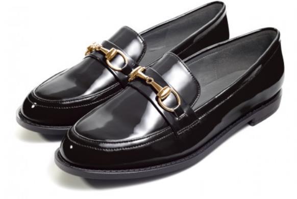 Туфли черные лоферы